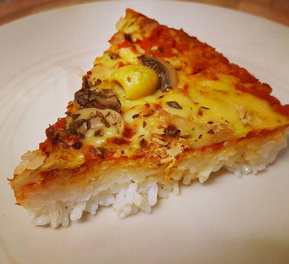 Arroz estilo pizza