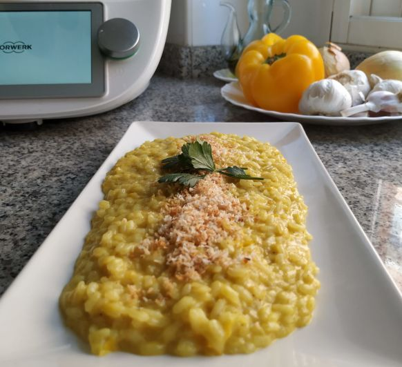 RISOTTO AL CURRY CON LECHE DE COCO