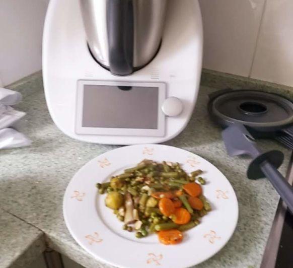 Menestra de verdura al vapor con varoma