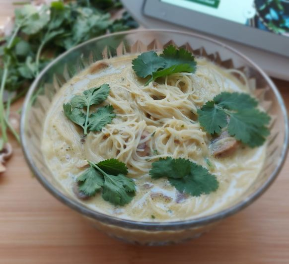 Sopa asiática de champiñones al curry ( sin gluten )